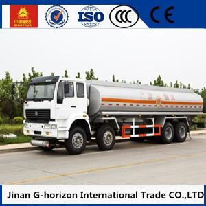 China HOWO 8X4 Oil Tank Truck Trailer / Fuel Tank Truck Single - Plate Dry Clutch supplier