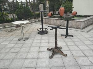 China Outdoor Table base  Cast Iron Table base Waterproof  Outdoor Bar Table on sale