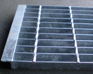 China Welded Grating Mesh,iron welded grating mesh,stainless steel grating mesh,wire mesh,rectangular hole grating mesh on sale