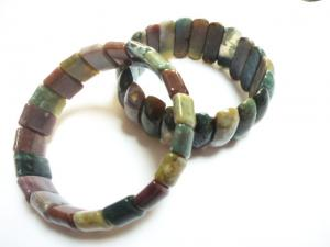 China Fashion Charm Natural India Agate Bangle,Stone Material, Semi Precious Gem Jewelry on sale