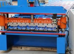 China Galvanised Steel Sheets Corrugation Roof Panel Roll Forming Machine 12 Months Warranty on sale