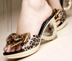 China Wholesale Kvoll Designer slippers T20256 on sale