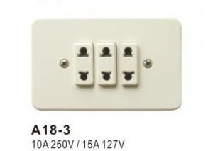China 10A 250V / 15A 127V 3 Gang Electrical Wall Socket with ABS and Copper Material on sale