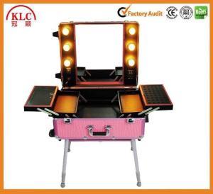 China Случай макияжа случая матерайл АБС алюминиевый с светами и зеркалом ручки с самым лучшим качеством сделанным в Китае on sale