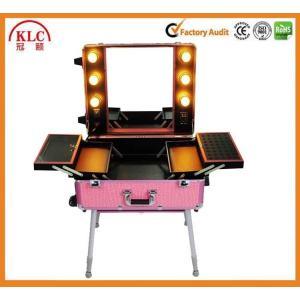 China Cas en aluminium de maquillage de cas de materail d'ABS avec les lumières et le miroir de poignée avec la meilleure qualité fabriquée en Chine on sale