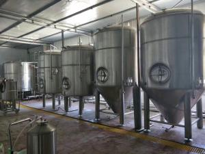 China Large Scale Industrial Beer Brewing Equipment 3000l 5000l Adjustable Voltage on sale