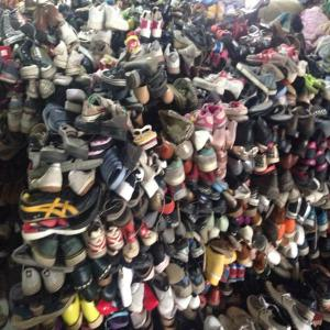 China factory direct wholesale used clothing and shoes in China on sale