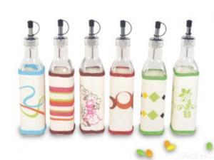 China 2 Pcs Oil & Vinegar Bottle Set on sale