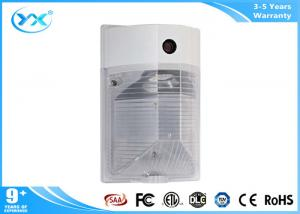 China Photocell Included Secure wall pack lighting fixtures exterior 17 Watts CRI80 1600 LM on sale
