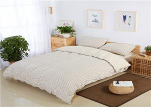 China Classic White Cotton Bedding Sets Small Square Plaid For Hotels / Home on sale