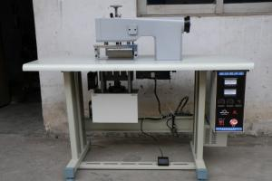 China 220V Disposable Fabric Welding Machine , 2.2KW Surgical Gown Making Machine on sale