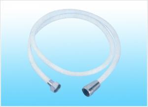 China Mangueira de chuveiro ondulada trançada, mangueira branca do PVC dos SS do metal flexível para o banheiro on sale