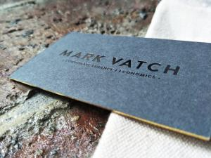 China Customized Gold Foil Edge Business Cards With Black Foil Stamped Logo on sale
