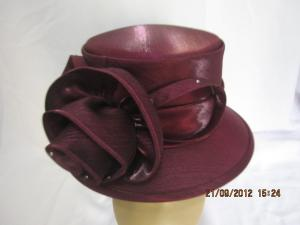China Classic Burgundy Color Church Ladies Hats With Bow , Reinstones On The Curled Triming on sale