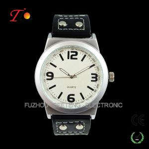 China Casual PU Leather Band Quartz Wrist Watch for Men on sale