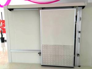 China Sliding Door Cold Storage Room , Commercial Kitchen Walk In Freezer Room on sale