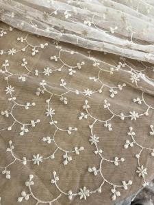 China Ivory Vintage Floral Nylon Lace Fabric By The Yard For Wedding Dresses 120cm Width on sale