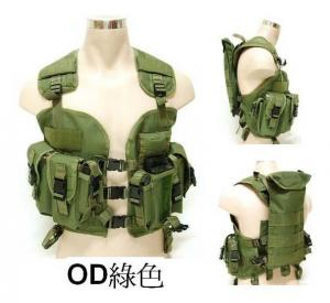 China Hot Sale military vest with multi pockets and fashion design for military tactical vest on sale