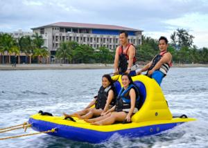 China 6 Riders Summer Inflatable Water Sport Toys , Towable Bandwagon Boat for Kids on sale
