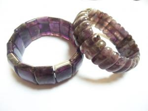 China Stone Material New Arrived Couple Amethyst Bracelet For Female Semi Precious Gem Jewelry on sale
