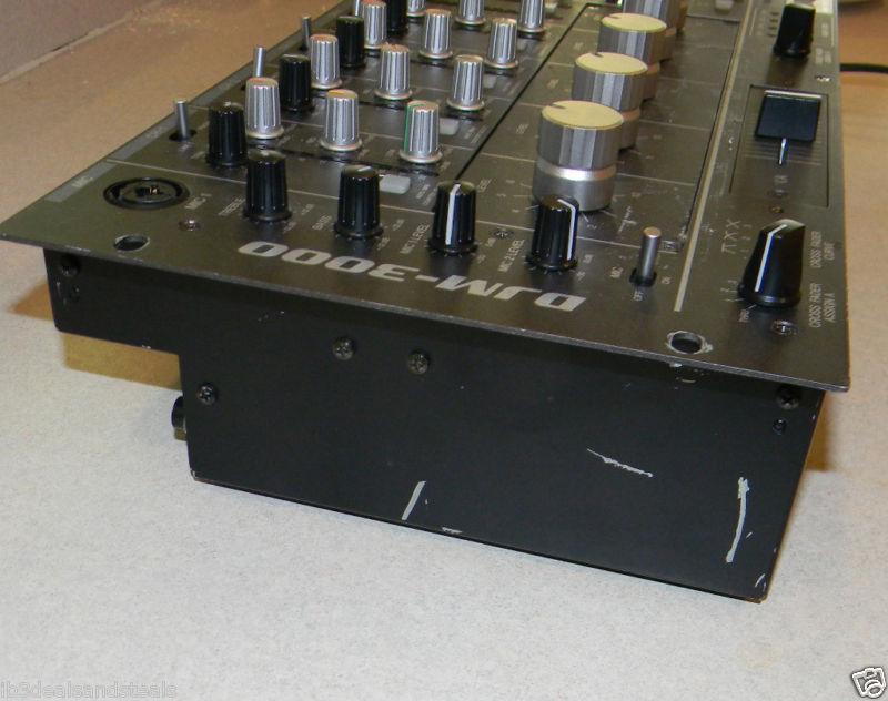 Ups Delivery Pioneer DJM-800 Pro DJ...