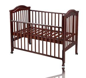 China wooden travel cot BC029 New Zealand pine wood on sale