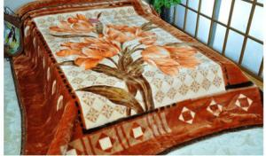 China Personalized Acrylic Mink Bed Throw Blanket King Size For Travel Picnic on sale