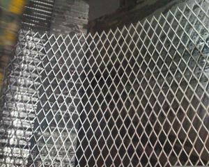 China 小さい穴は拡大しました金属の網の壁プラスター網(拡大された金属の木ずり)を on sale