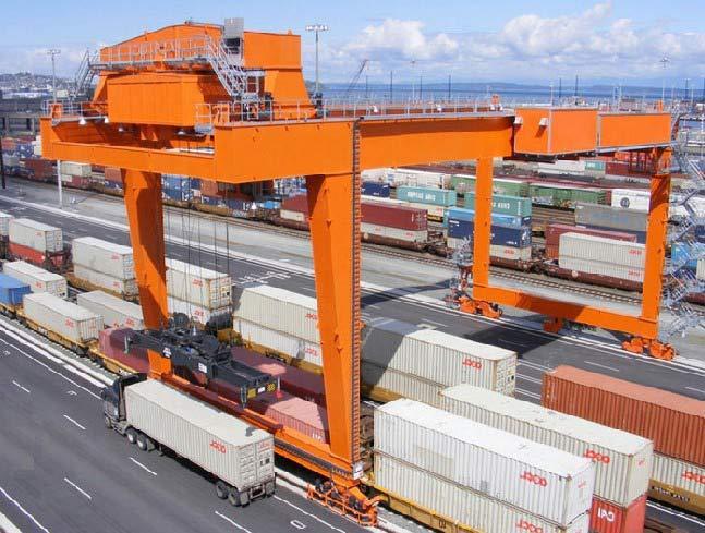 container crane.jpg