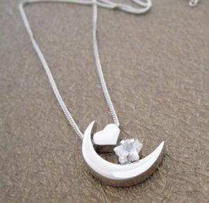 China 2012 latest design popular and noble 925 sterling silver gemstone pendant for lady on sale