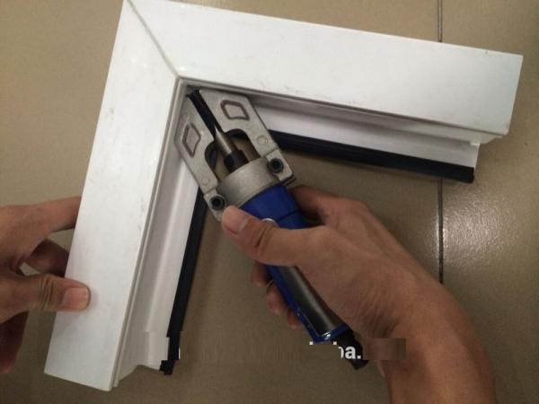 UPVC Window Manual Corner Cleaner Tool Frame Making Machinery for ...