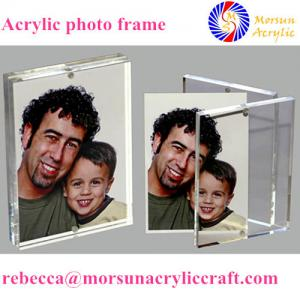 China Transparent double side customized acrylic magnetic photo frame stand on sale