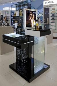 China Magnet Module Customized Flexible Led Showcase Solution P4 For Stores Or Supermarkets on sale