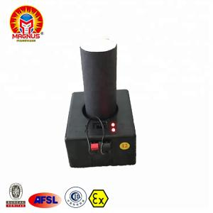 China Events Indoor Smokeless Flame Pyrotechnics Stage Wedding Sparkler Fountain Fireworks Silver Cold Fire Pyro on sale