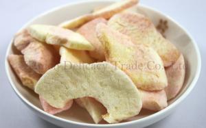 China Crisp Fruit Snacks Freeze Dried Apple Slices Bulk for Backpacking on sale
