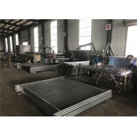 China 一時的な囲うことは2100mm x 2400mmに浸る熱い14ミクロンの亜鉛層の電流を通されてパネルをはめます on sale