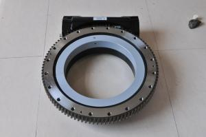 China AX9 Enclosed / A9 Open Housing Worm Gear Slew Drive 38.7kN.m 29x103lbf.ft on sale