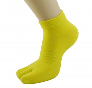 China Sweat Absorbing 100% Coolmax Yellow Five Toe Socks, Unisexy 5 Toes Sock on sale