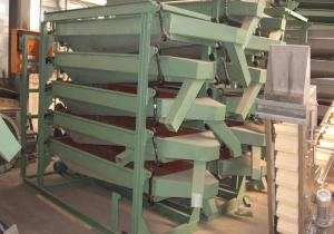 China Peanut Cashew Kernel Grading Machine 3/4/5 Layers Available Compact Structure on sale