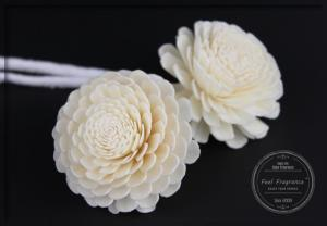 China Customized White Handmade Artificial Flowers For Fragrance Diffuser on sale