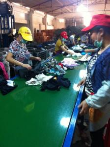 China second hand clothing ,shoes ,bags on sale