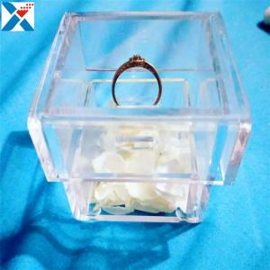 China Clear Ring Holder Led Acrylic Display Case Flowers Gift Box Customized Logo on sale