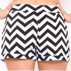 19e9cf624ae9 Ladies Summer Black And White Chevron Ruffle Cotton Shorts Hss732 ...