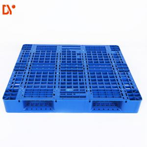 China Heavy Duty Single Side Stackable Plastic Pallets For Warehouse Storage Stacking on sale