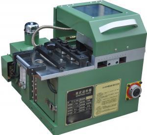 China Clamping Type Feeding Machine Coil Feeding Line Automatic Feeding For Hydraulic Press on sale