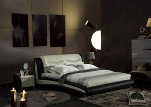 China Queen Luxury Italian Beds With USB Connection Simple Design Linen Fabric on sale