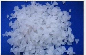 China Largest Factory Sodium Hydroxide /Caustic Soda Pearl/caustic soda Flake/caustic soda Solid 99% on sale