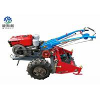 Walking Tractor Potato Harvester / Latest Agricultural Machinery 60-80cm Harvest Width