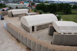 China Protective Barrier House Wall Bastion WallHesco Raid Deployment For Military Defense on sale