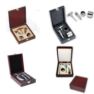 China 3-piece Stainless Steel Wine Accessory Set in Gift Box on sale